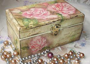 Decoupage-Jewellery-Box-